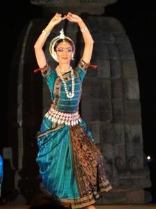танцовщица в храме