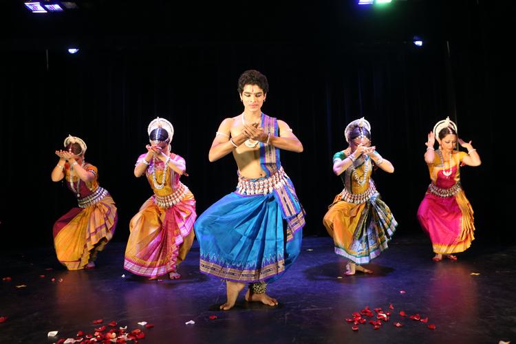 Фотоотчёт с концерта индийского классического танца Одисси